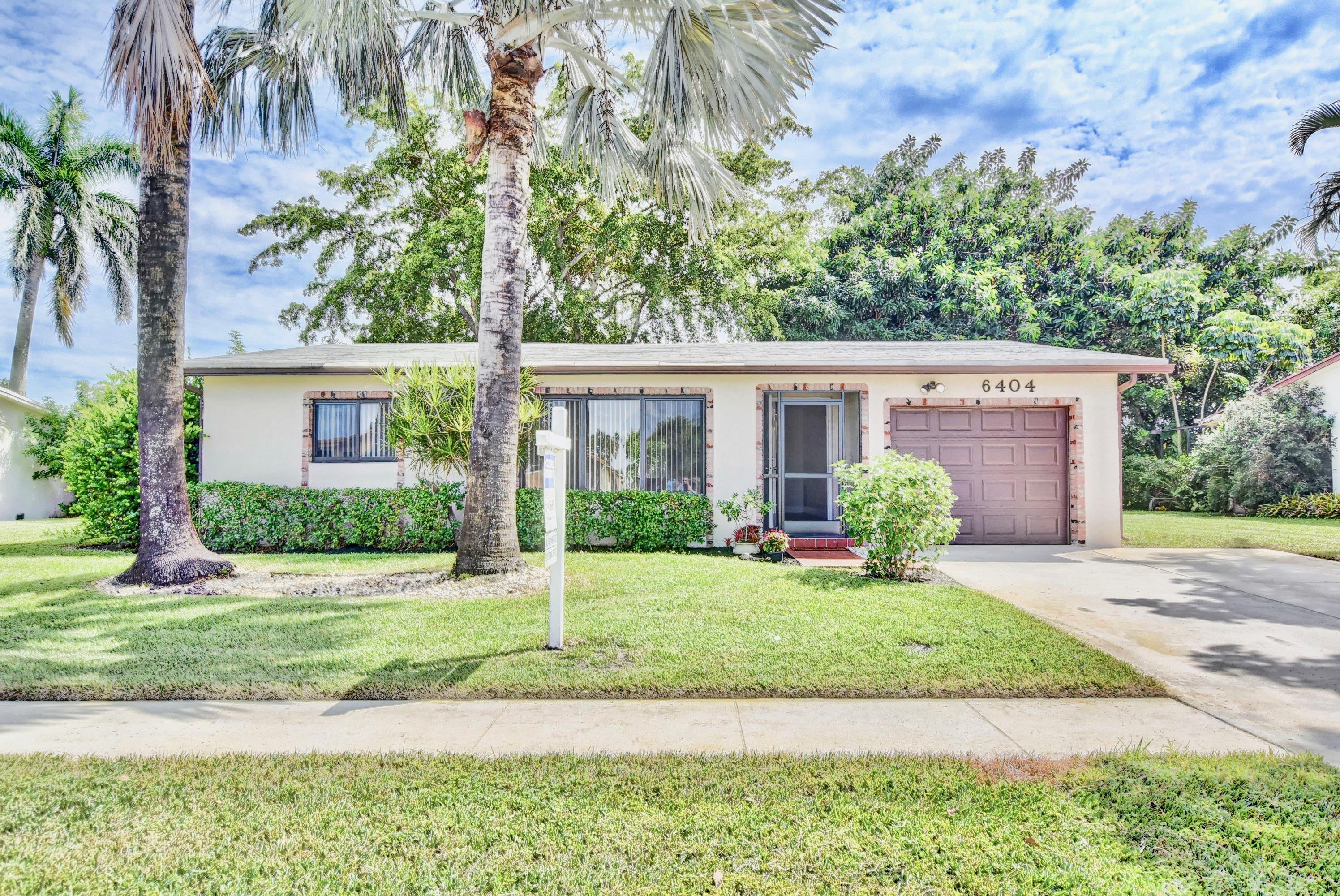 6404 Timberlakes Way  Delray Beach, FL 33484
