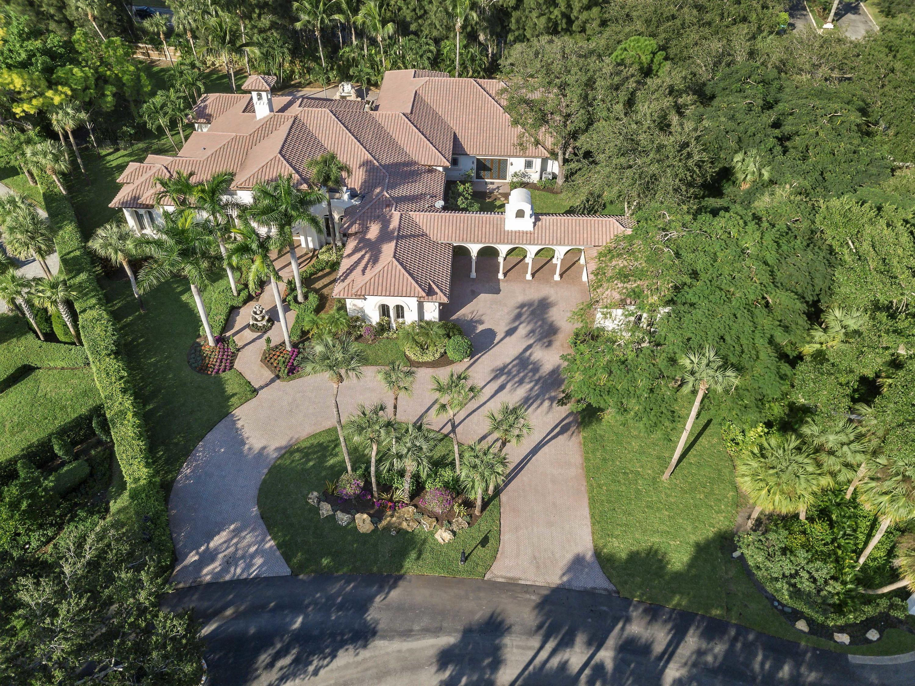 16532 Bridlewood Circle  Delray Beach, FL 33445