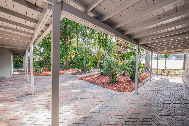 5214 Bethany Lane West Palm Beach, FL 33415 photo 6