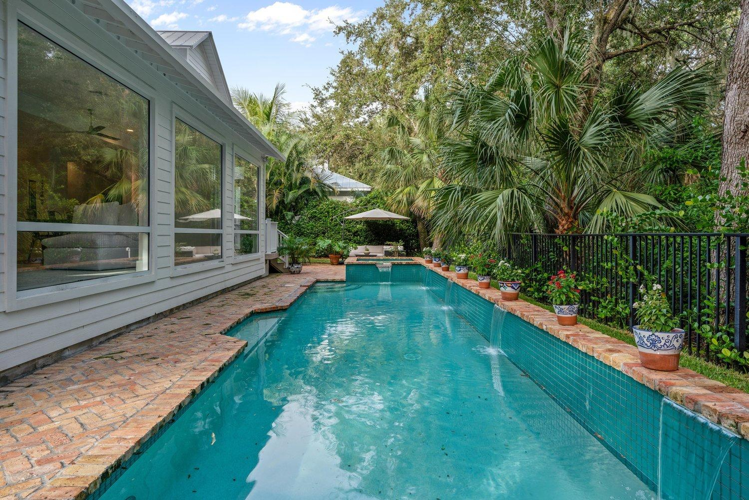 NATURES HIDEAWAY PALM BEACH GARDENS REAL ESTATE
