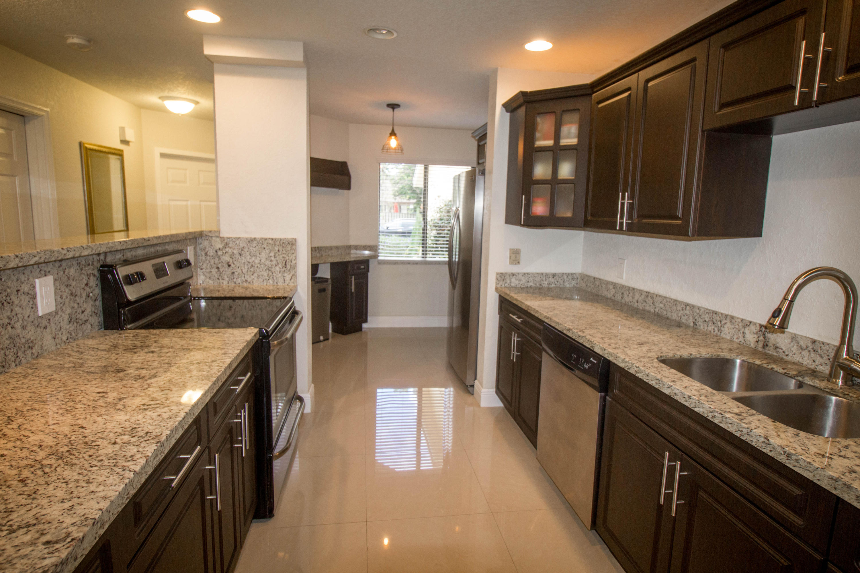 1557 Woodbridge Lakes Circle West Palm Beach, FL 33406