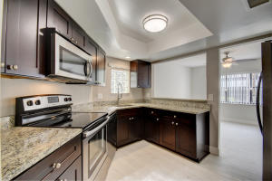 Weybridge Townhomes Ph I