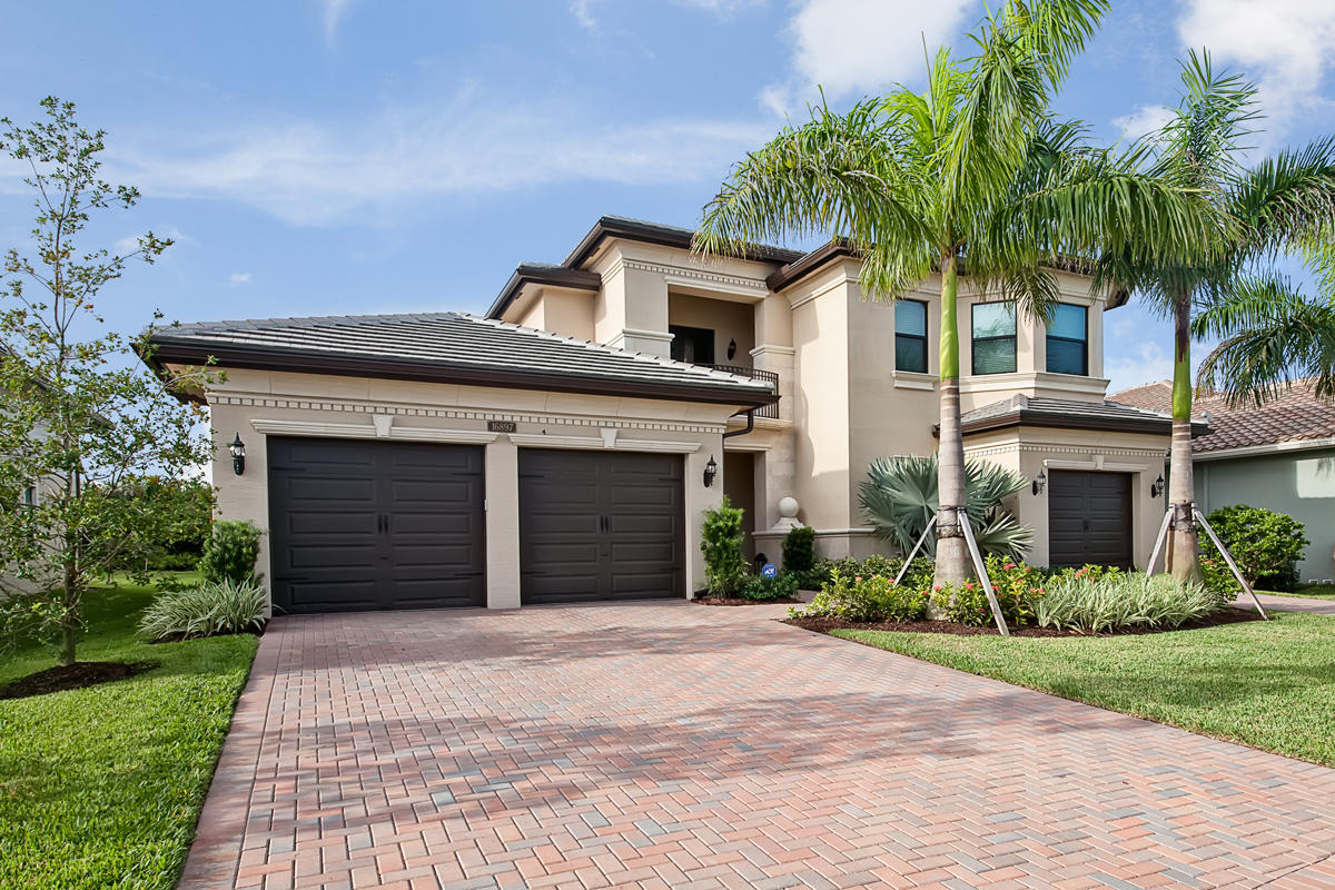 16897 Pierre Circle  Delray Beach, FL 33446