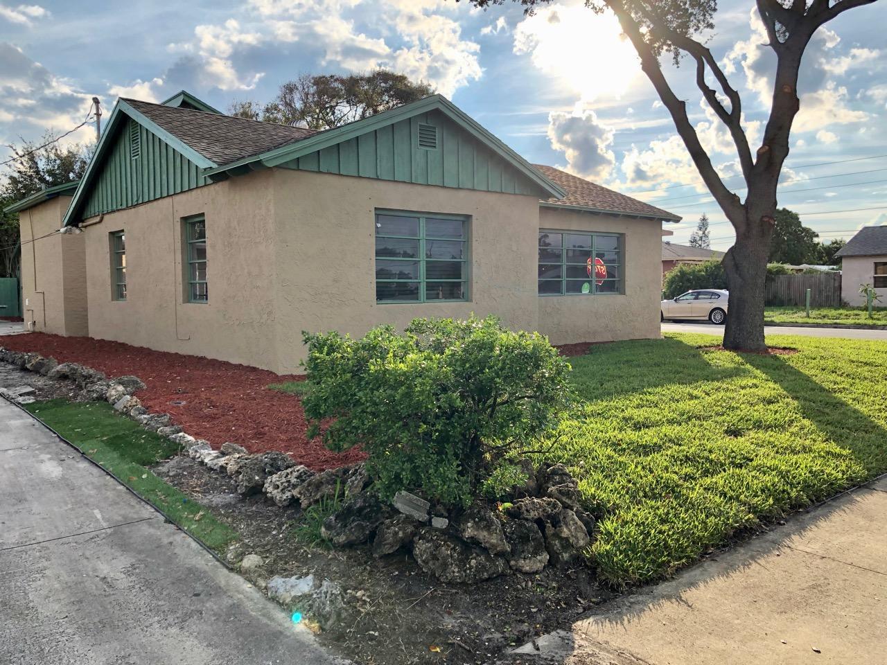 529 Worthmore Drive Lake Worth, FL 33460 photo 3