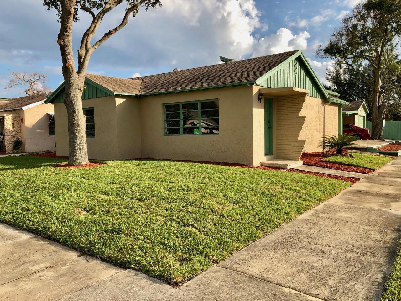 529 Worthmore Drive Lake Worth, FL 33460 photo 9