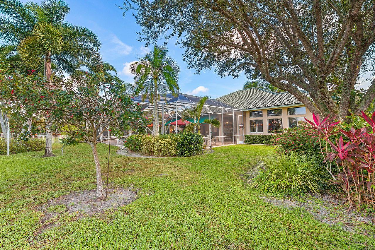 8219 Lakeview Drive West Palm Beach, FL 33412 photo 32