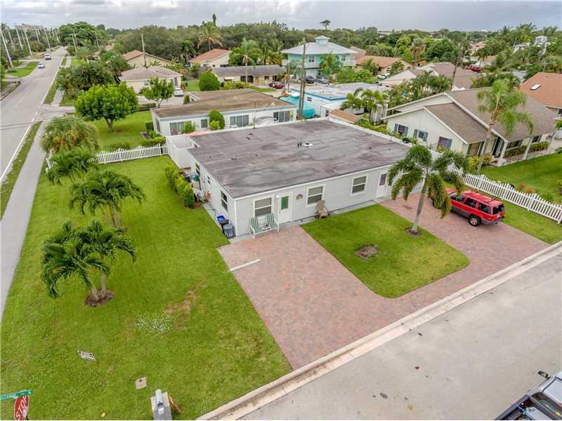 2014 Suzanne Circle, North Palm Beach, Florida 33408, ,B,Duplex,Suzanne,RX-10484162