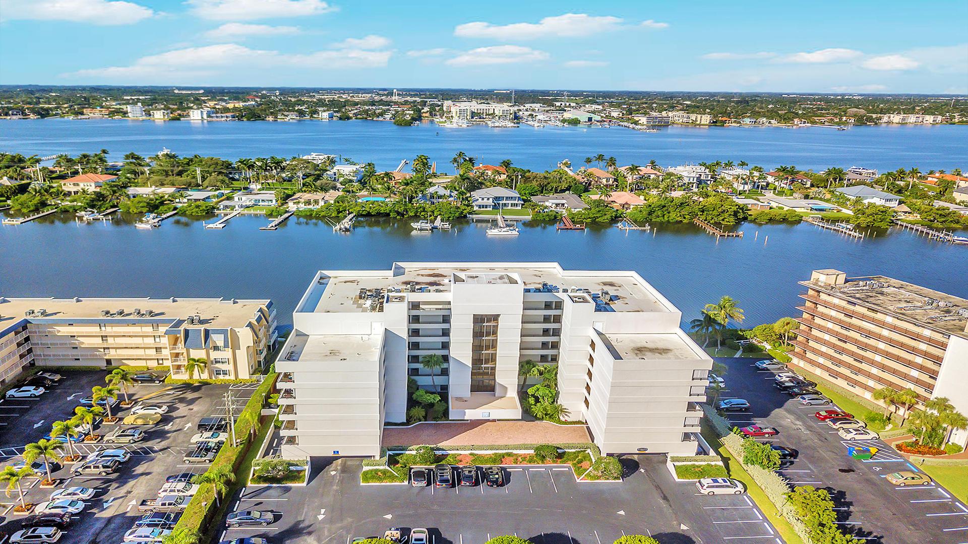 3555 S Ocean Boulevard 511 South Palm Beach, FL 33480 photo 1