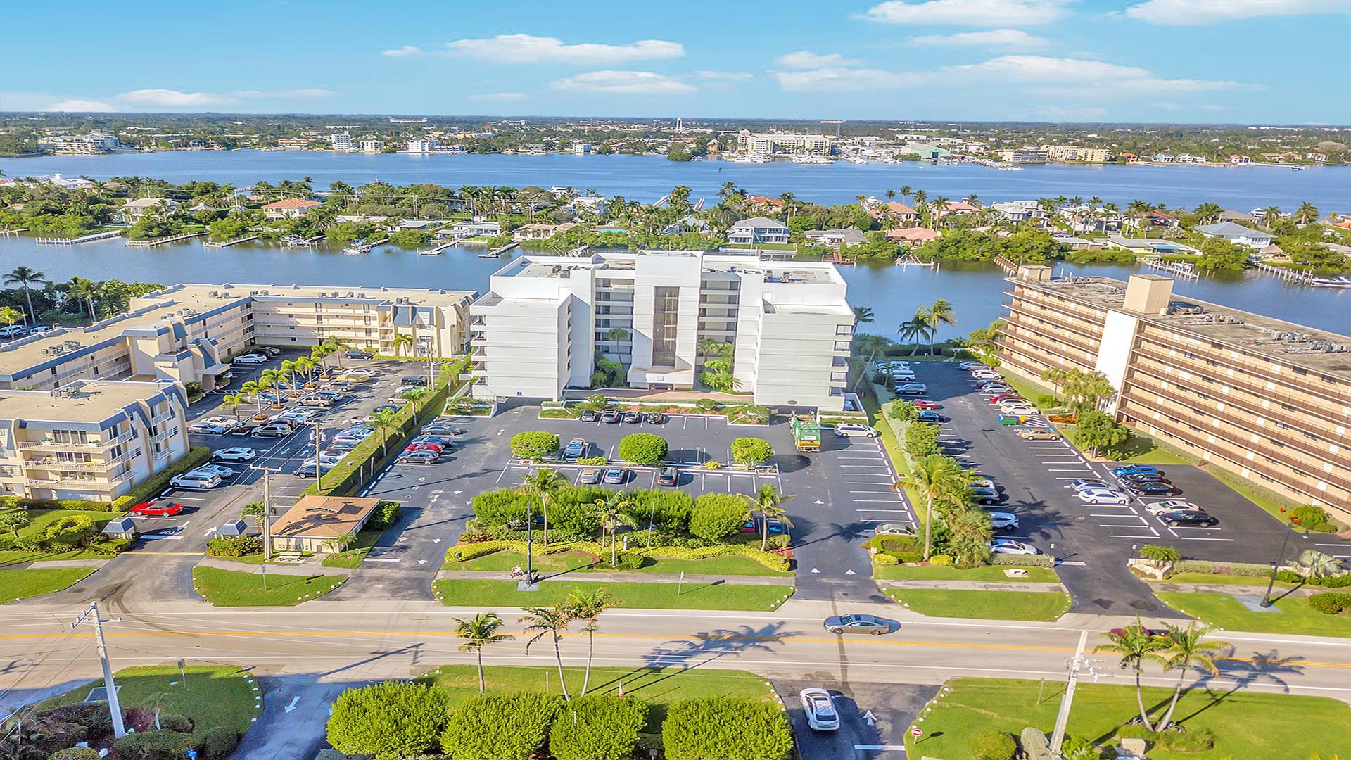 3555 S Ocean Boulevard 511 South Palm Beach, FL 33480 photo 27