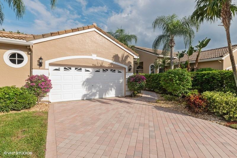 4513 Carlton Golf Drive Wellington, FL 33449