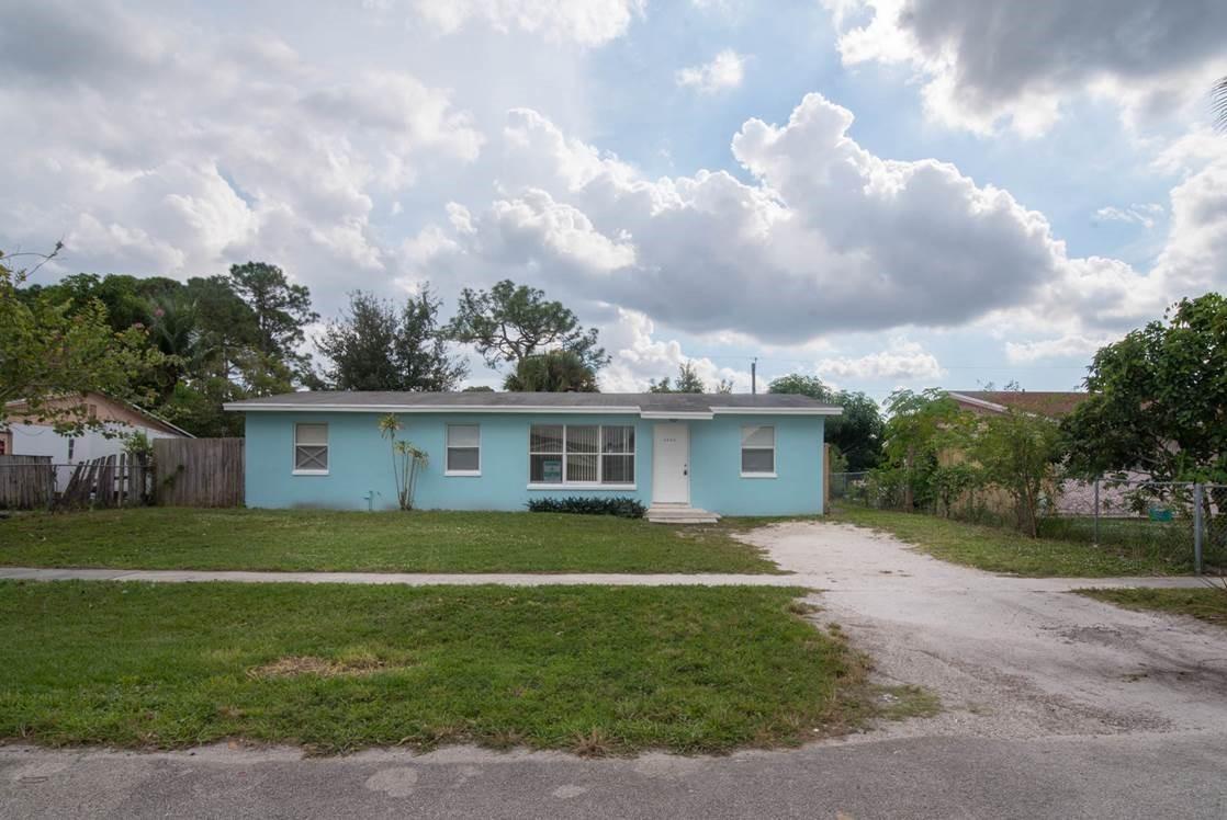 4924 Tortuga Drive West Palm Beach, FL 33407