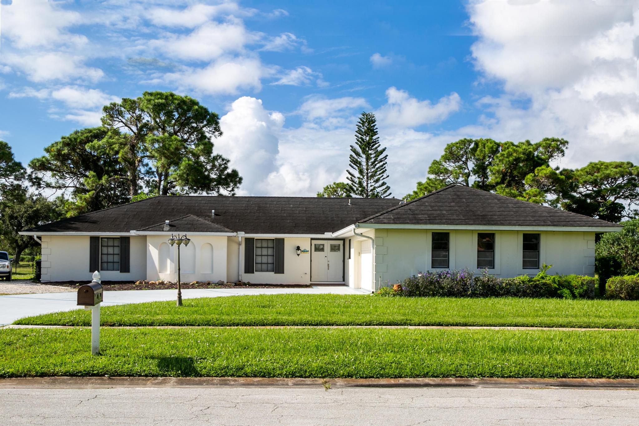 2041 SE Erwin Road, Port Saint Lucie, Florida