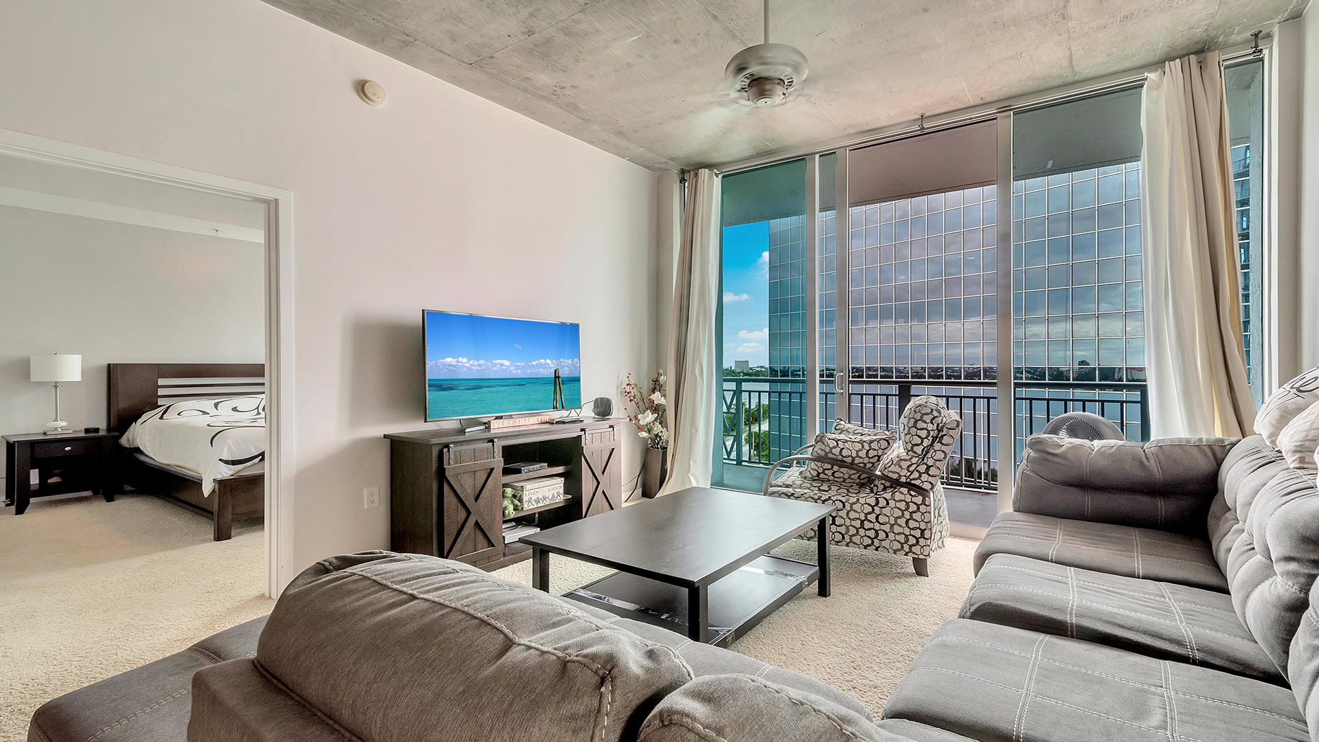 300 S Australian Avenue 806 West Palm Beach, FL 33401 photo 4