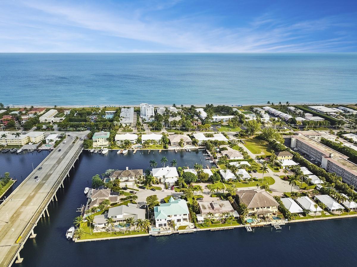 1012 Del Harbour Drive Delray Beach, FL 33483 photo 63