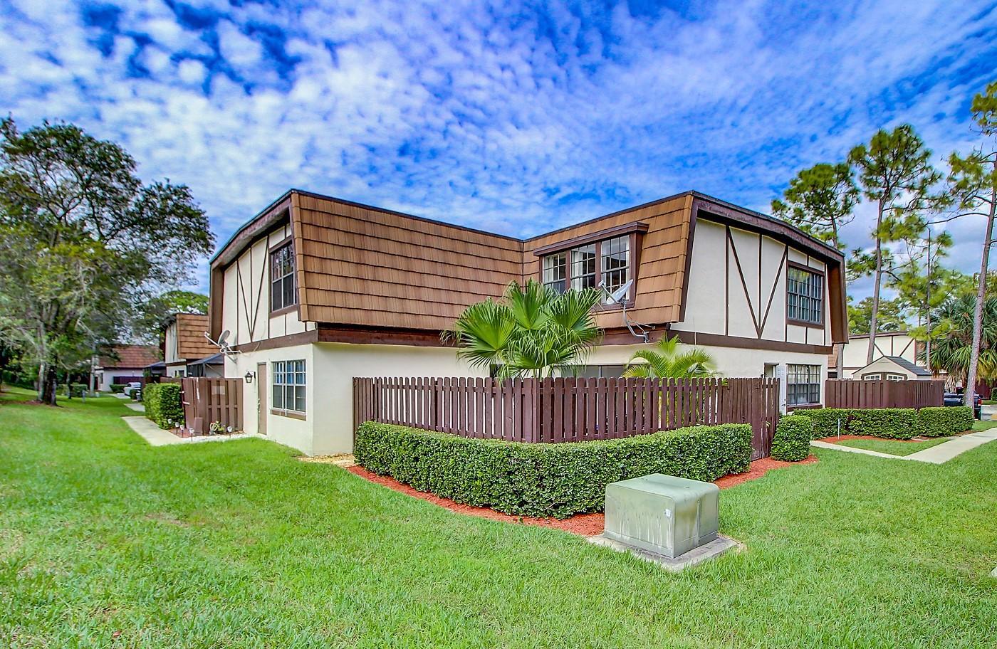 130 Weybridge Circle B Royal Palm Beach, FL 33411