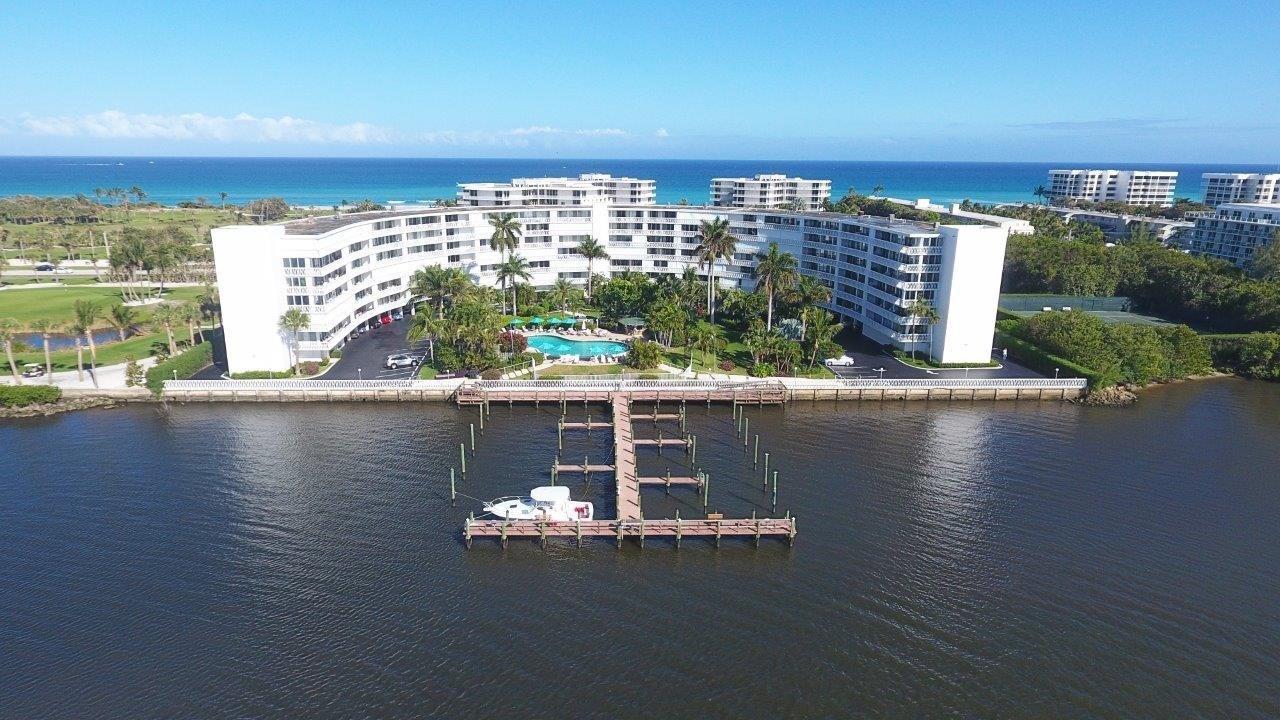 2505 S Ocean Boulevard 303  Palm Beach FL 33480
