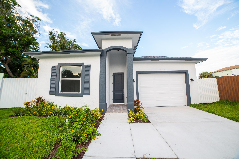 421 Nathan Hale Road West Palm Beach, FL 33405