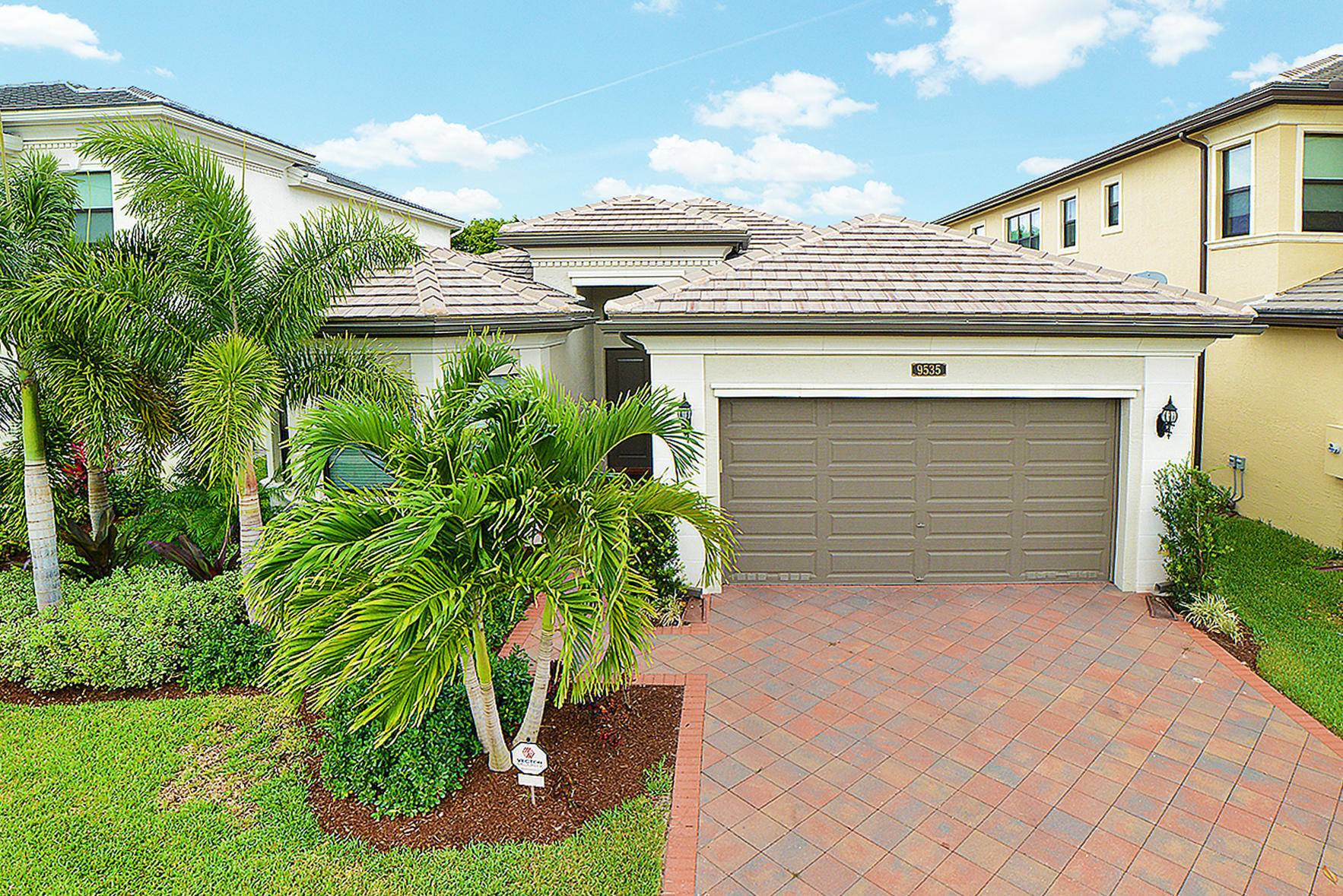 9535 Eden Roc Court  Delray Beach, FL 33446