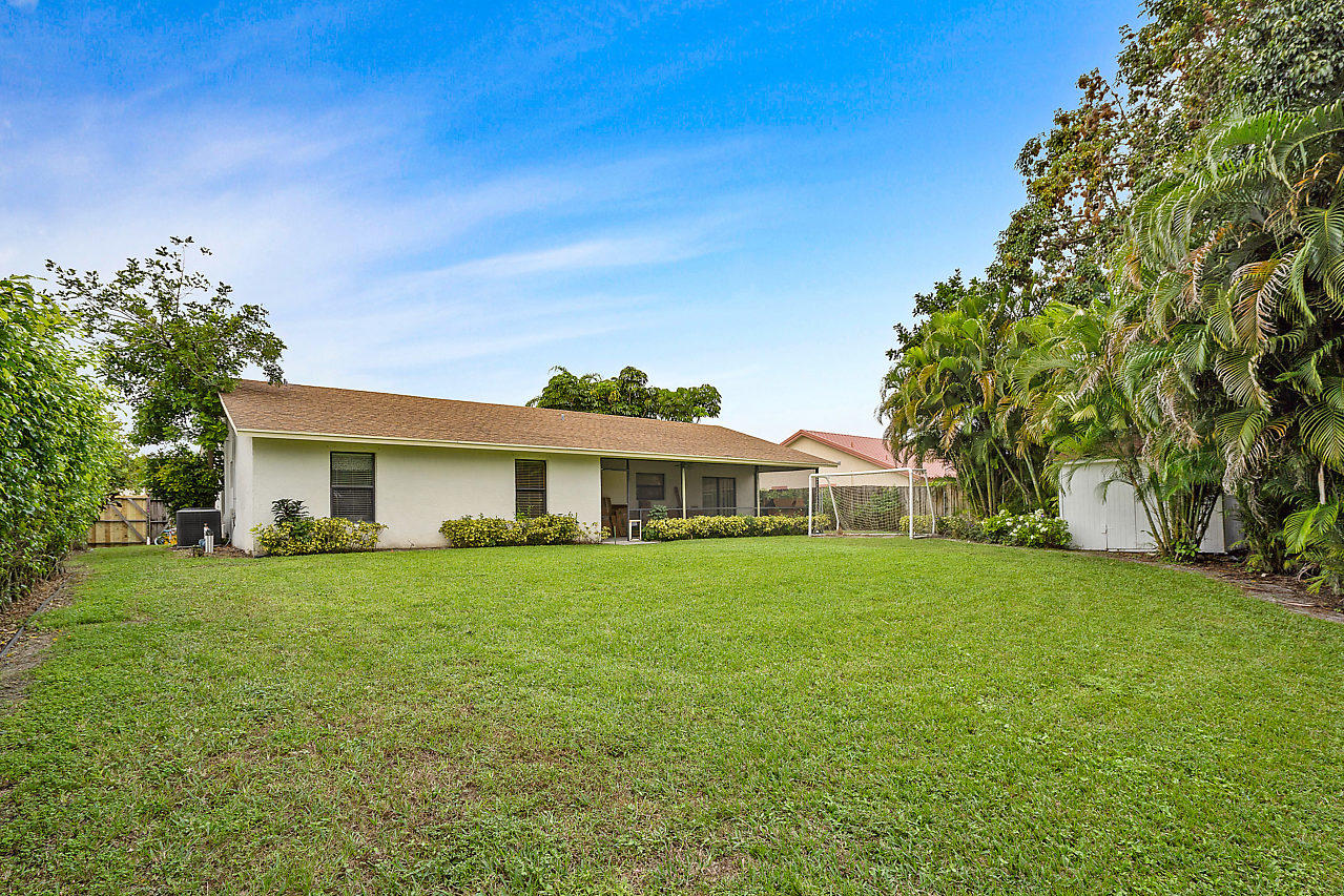 206 Martin Circle Royal Palm Beach, FL 33411 photo 30
