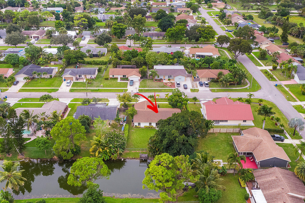 206 Martin Circle Royal Palm Beach, FL 33411 photo 32