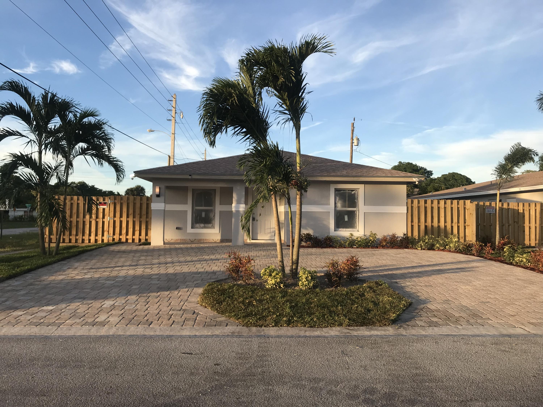 2663 Saginaw Avenue, West Palm Beach, Florida