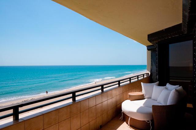 PALM BEACH REAL ESTATE