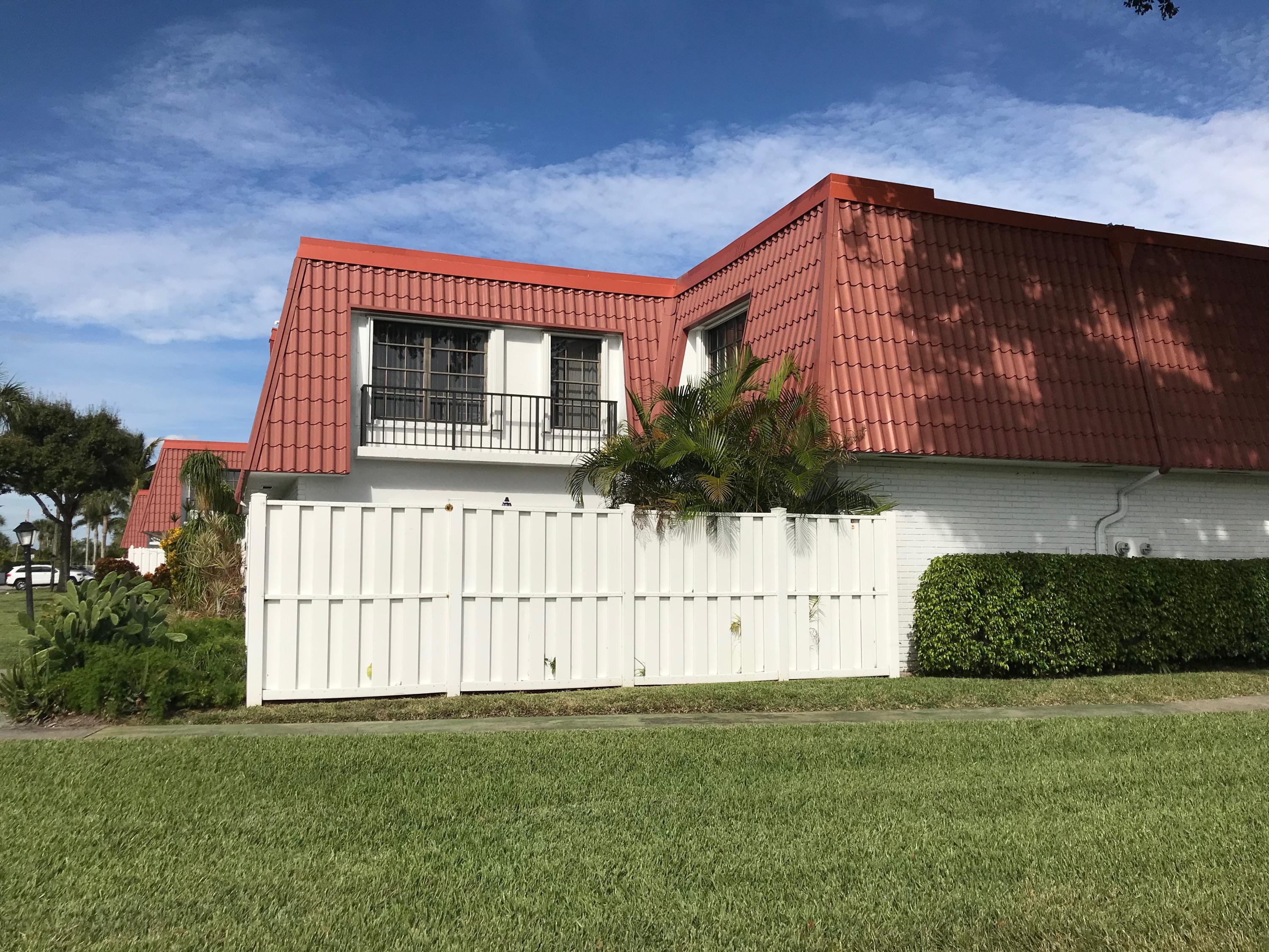 2734 Yale Lane Boynton Beach, FL 33426