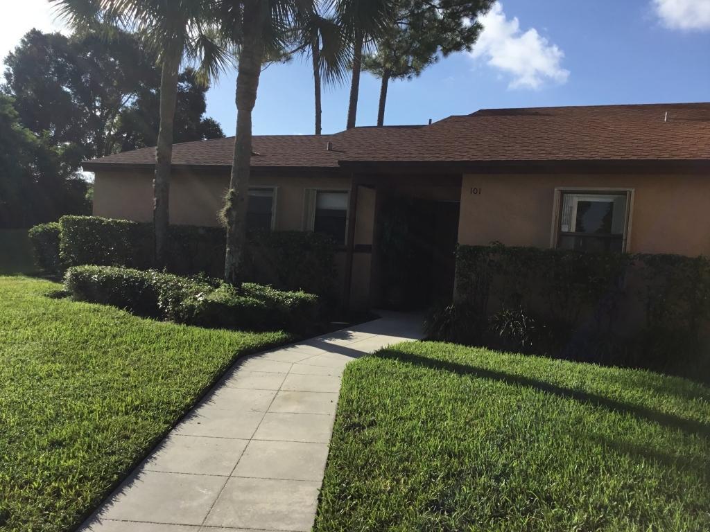 101 Lakeview Drive 100-1 Royal Palm Beach, FL 33411