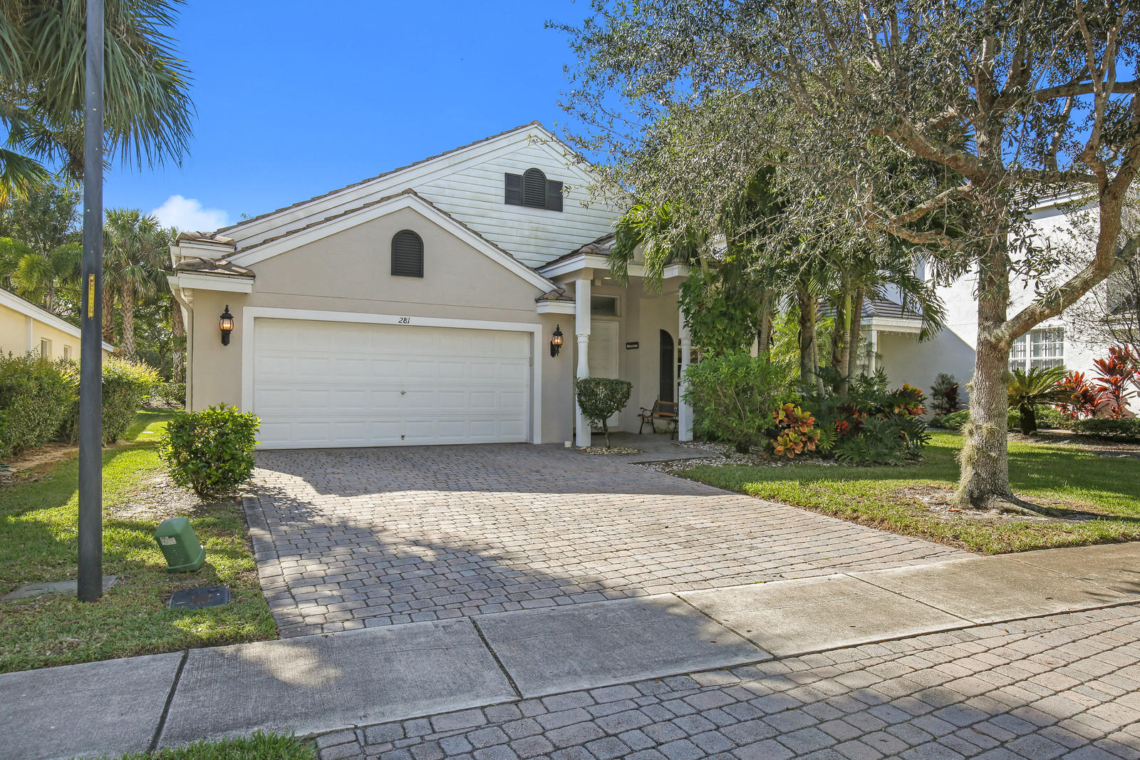 281 Berenger Walk Royal Palm Beach, FL 33414