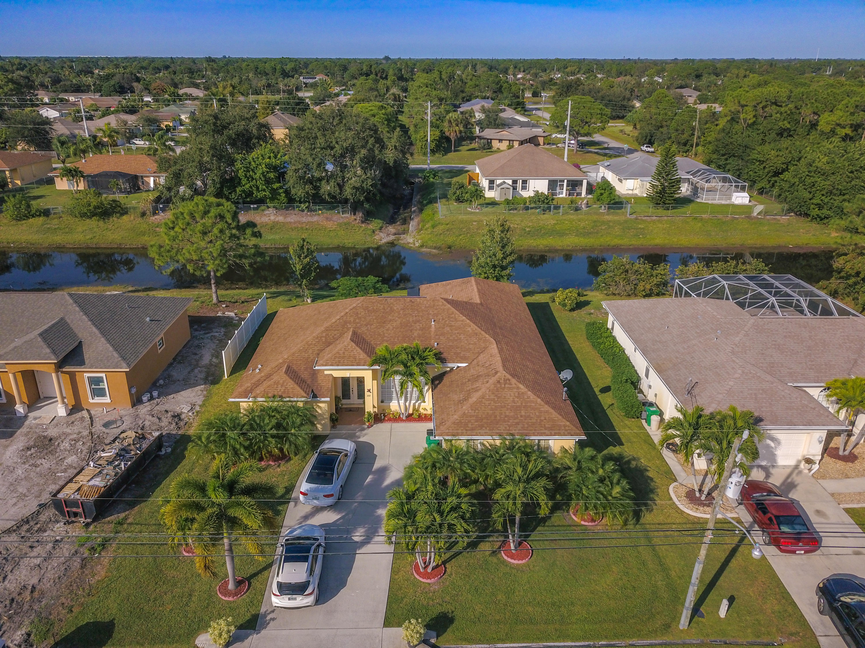 233 SW Whitmore Drive, Port Saint Lucie, Florida