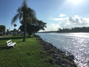 23  Juniper Drive J, Briny Breezes FL 33435 is listed for sale as MLS Listing RX-10485006 photo #15