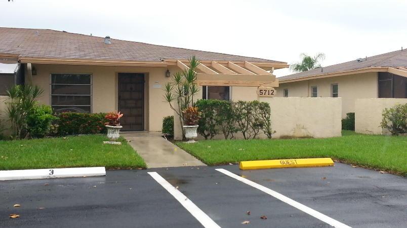 PALM GREENS AT VILLA DEL RAY CONDO II home 5712 Phoenix Palm Court Delray Beach FL 33484