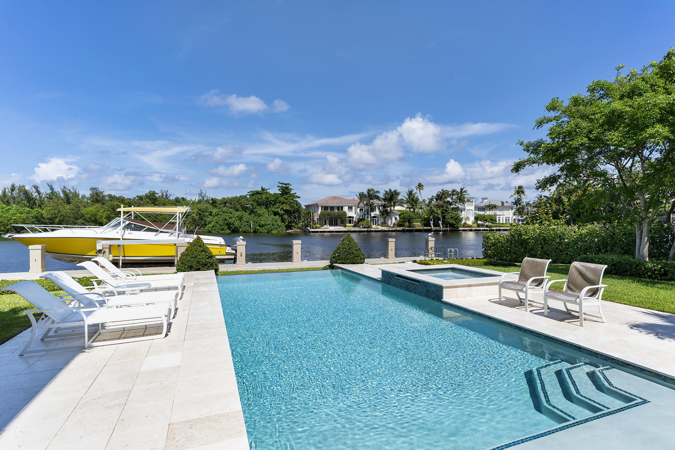 609 Palm Trail Delray Beach, FL 33483 photo 28