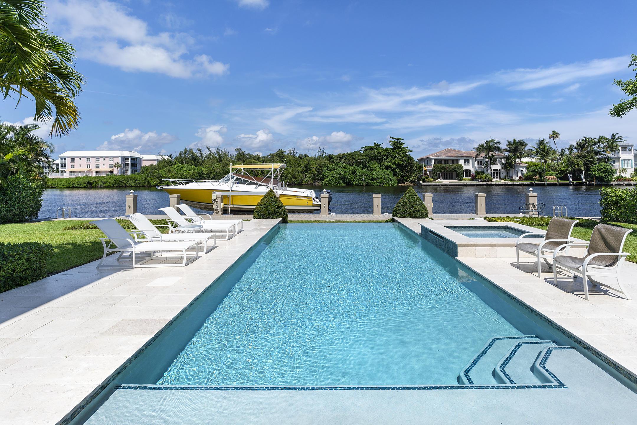 609 Palm Trail Delray Beach, FL 33483 photo 32