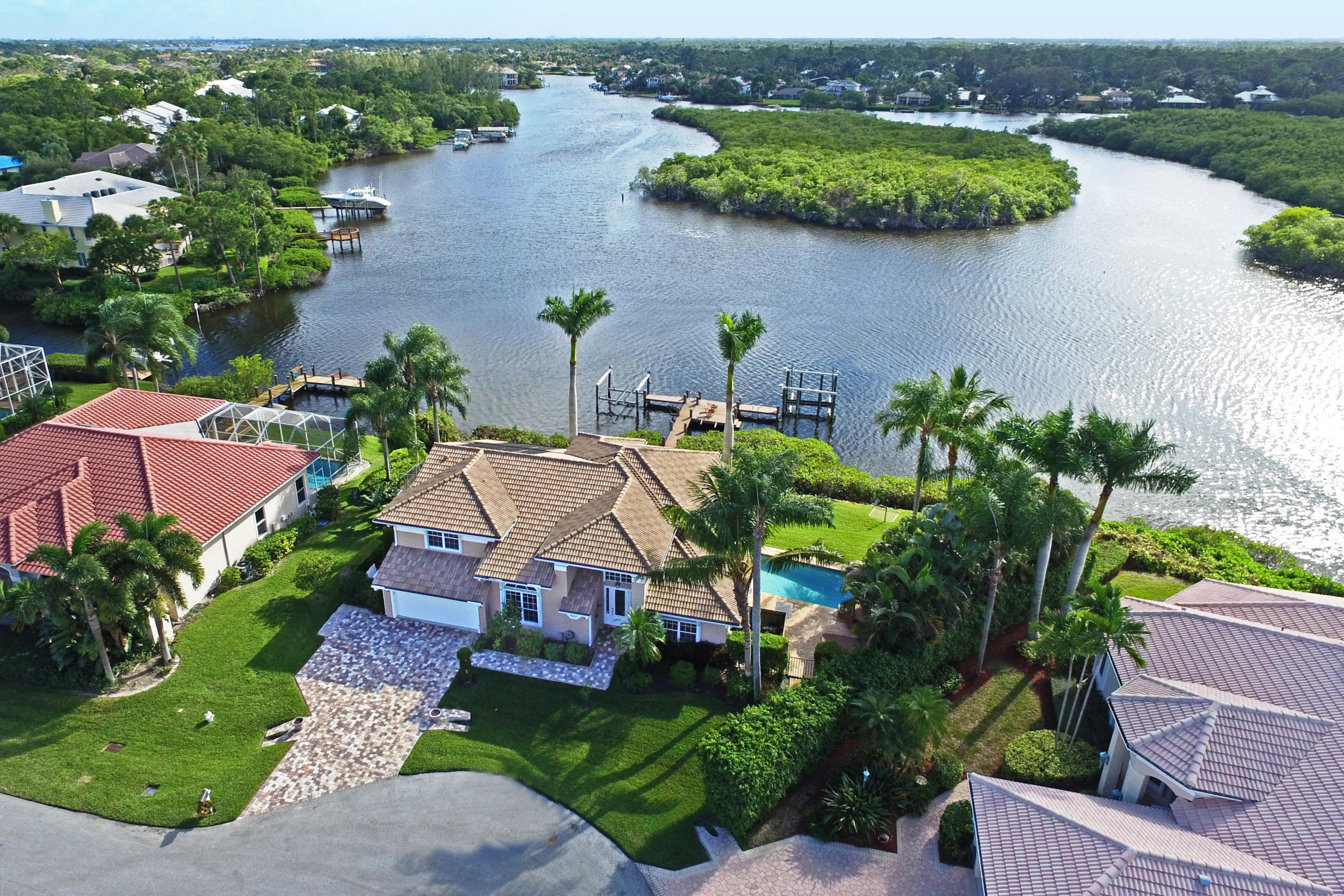 New Home for sale at 8594 Water Oak Place in Tequesta