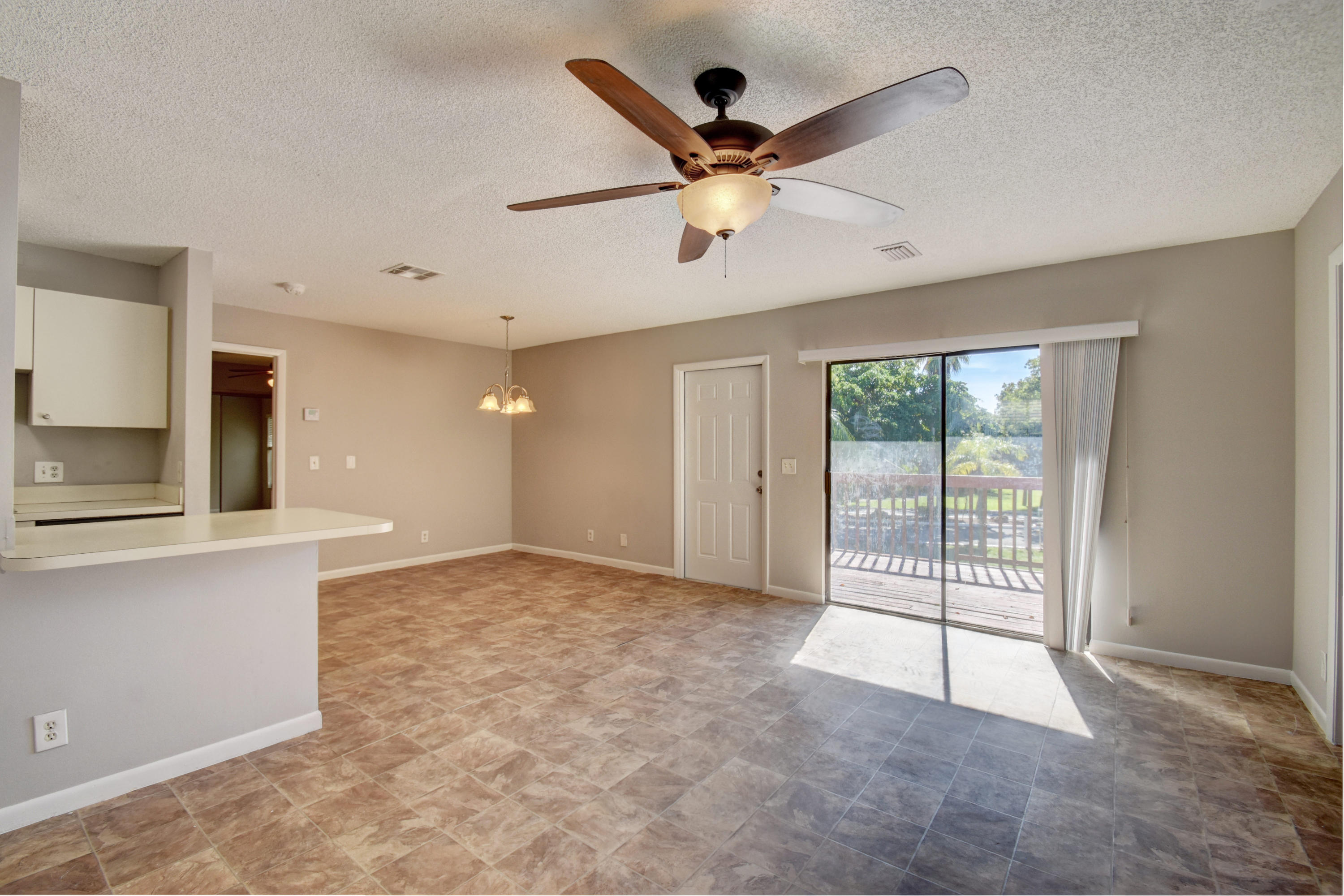 480 Horizons Boynton Beach 33435 - photo