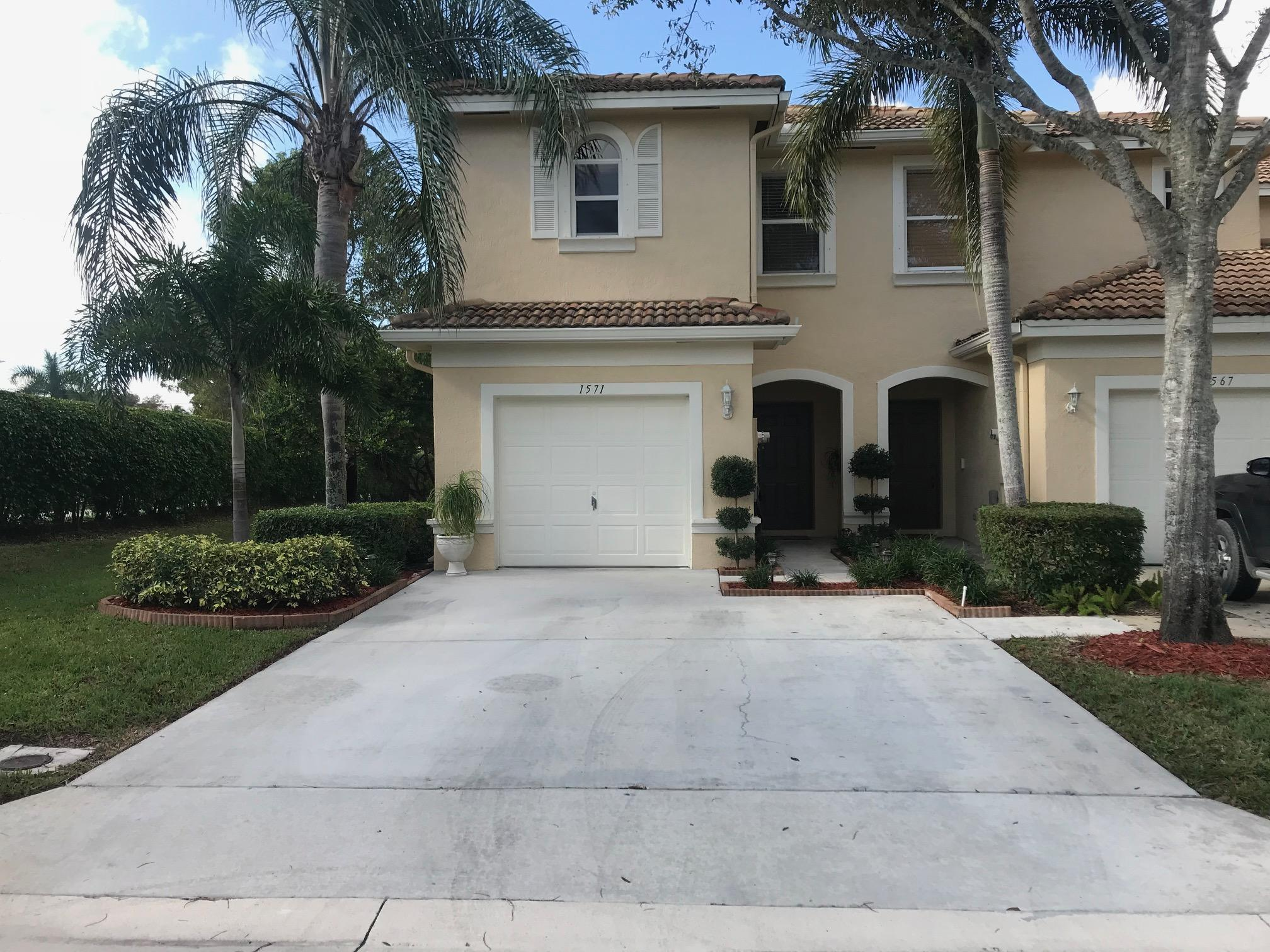 1571 Westchester Avenue Wellington, FL 33414