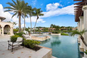 379  Eagle Drive , Jupiter FL 33477 is listed for sale as MLS Listing RX-10485400 photo #2