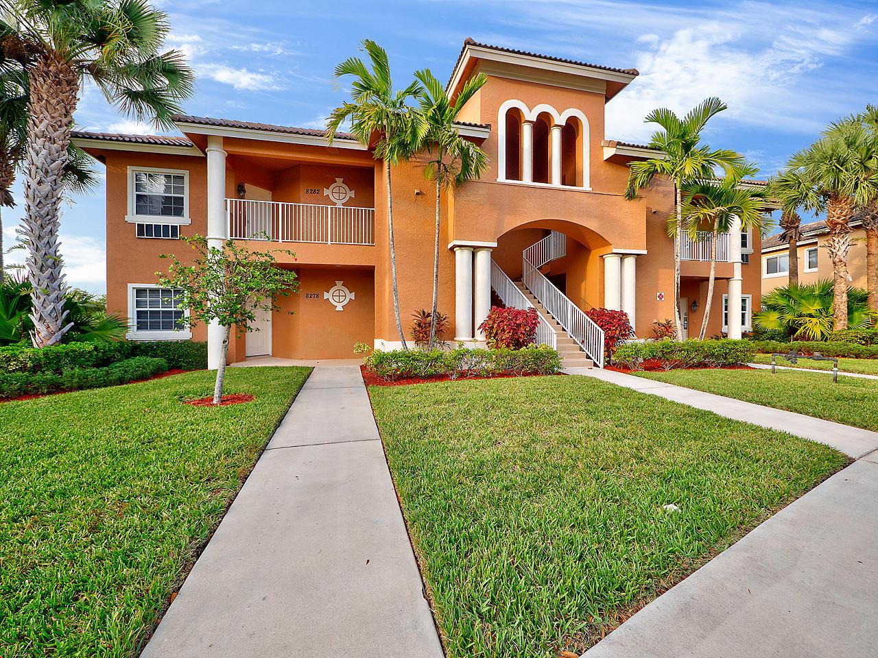 8282  Mulligan Circle  2521, Port Saint Lucie, Florida