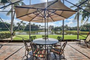 VALENCIA PALMS home 13200 Aliso Beach Drive Delray Beach FL 33446
