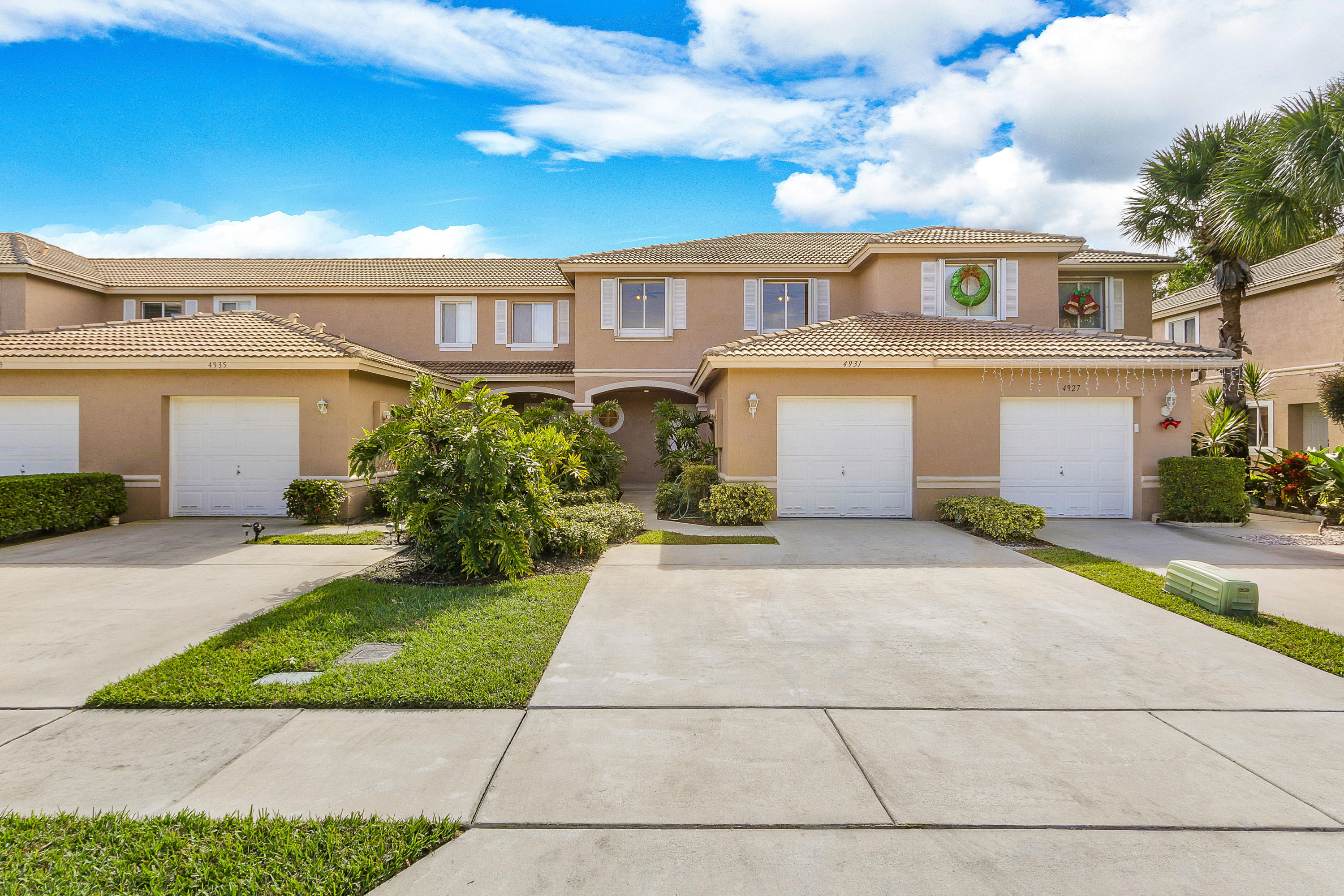 4931 Pinemore Lane Lake Worth, FL 33463