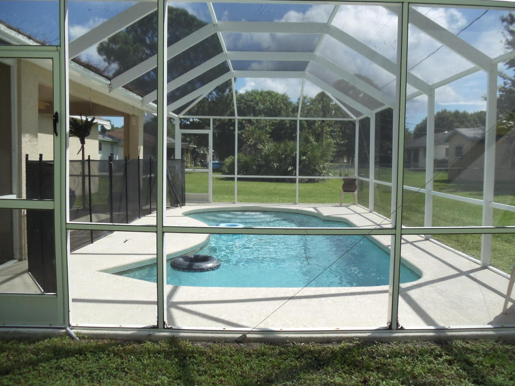 508 NW Lincoln Avenue, Port Saint Lucie, Florida