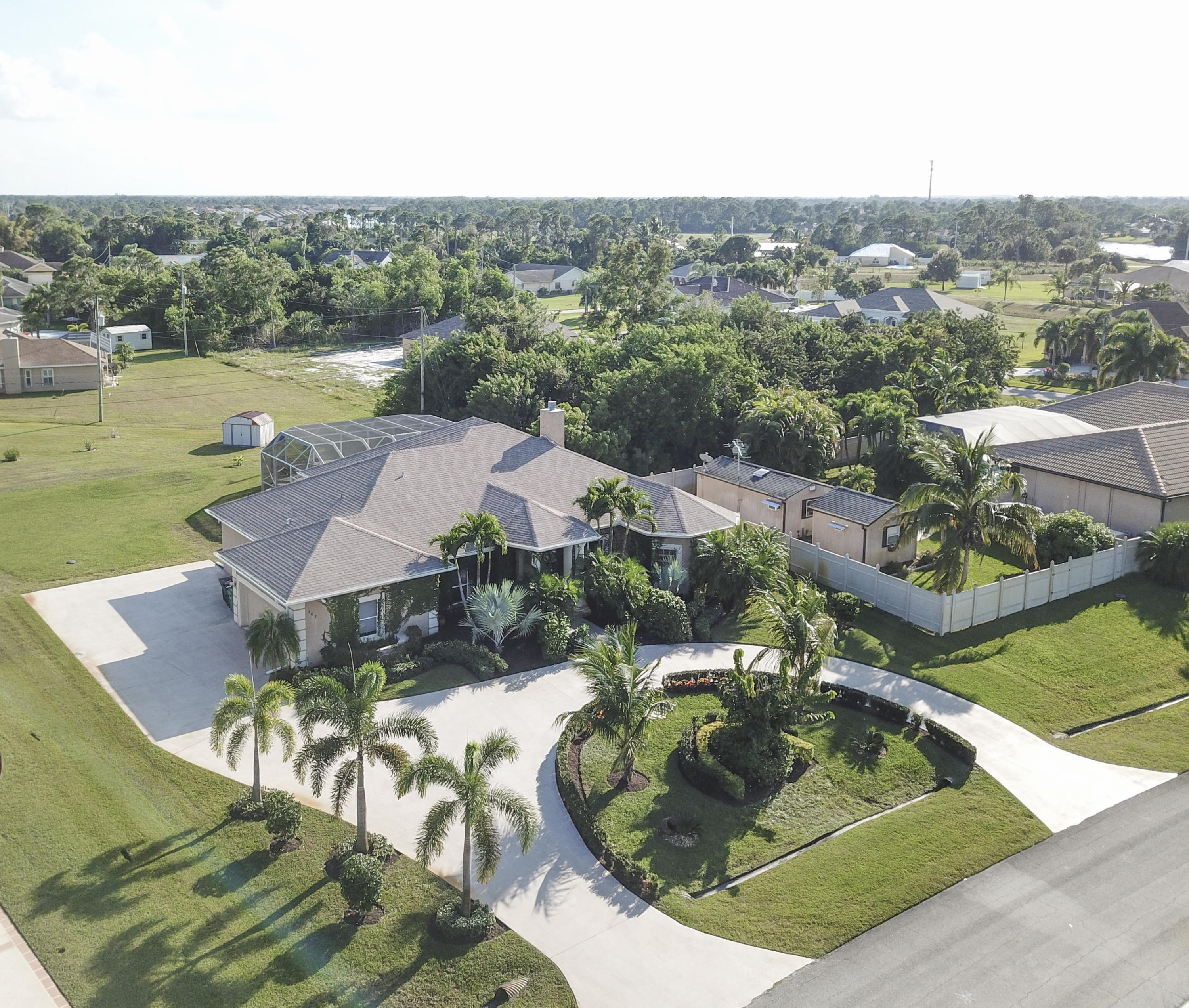 167 SW Hawthorne Circle, Port Saint Lucie, Florida