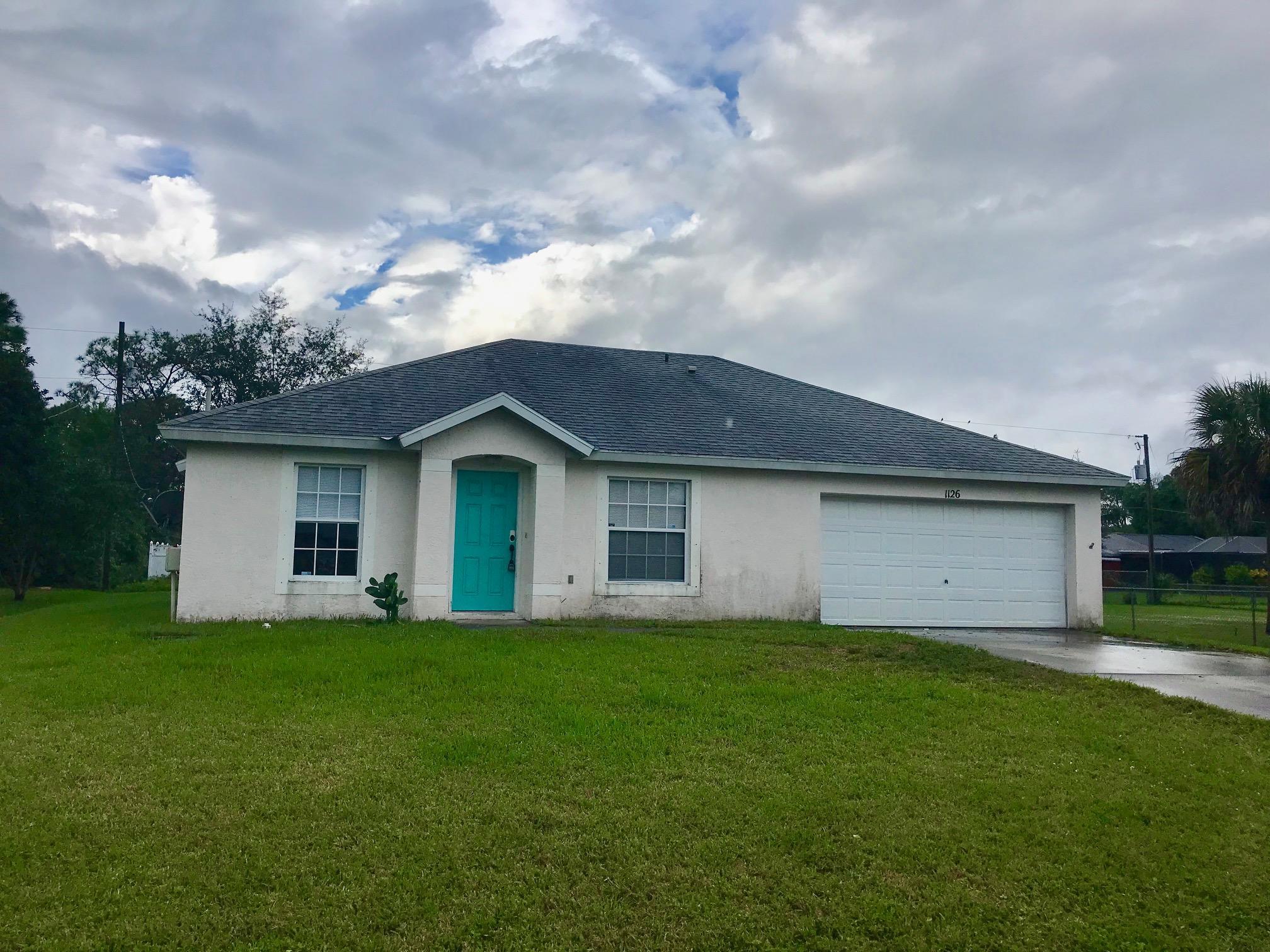 1126 SW Hutchins Street, Port Saint Lucie, Florida