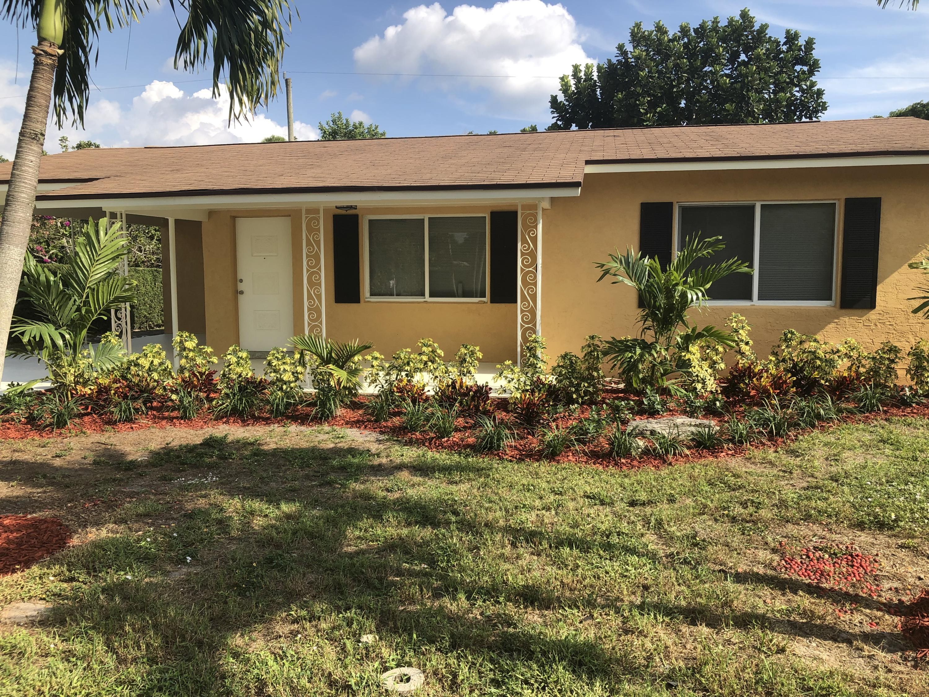 6850 Westview Drive Lake Worth, FL 33462