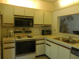Sanctuary Pines In Boca Raton Condo