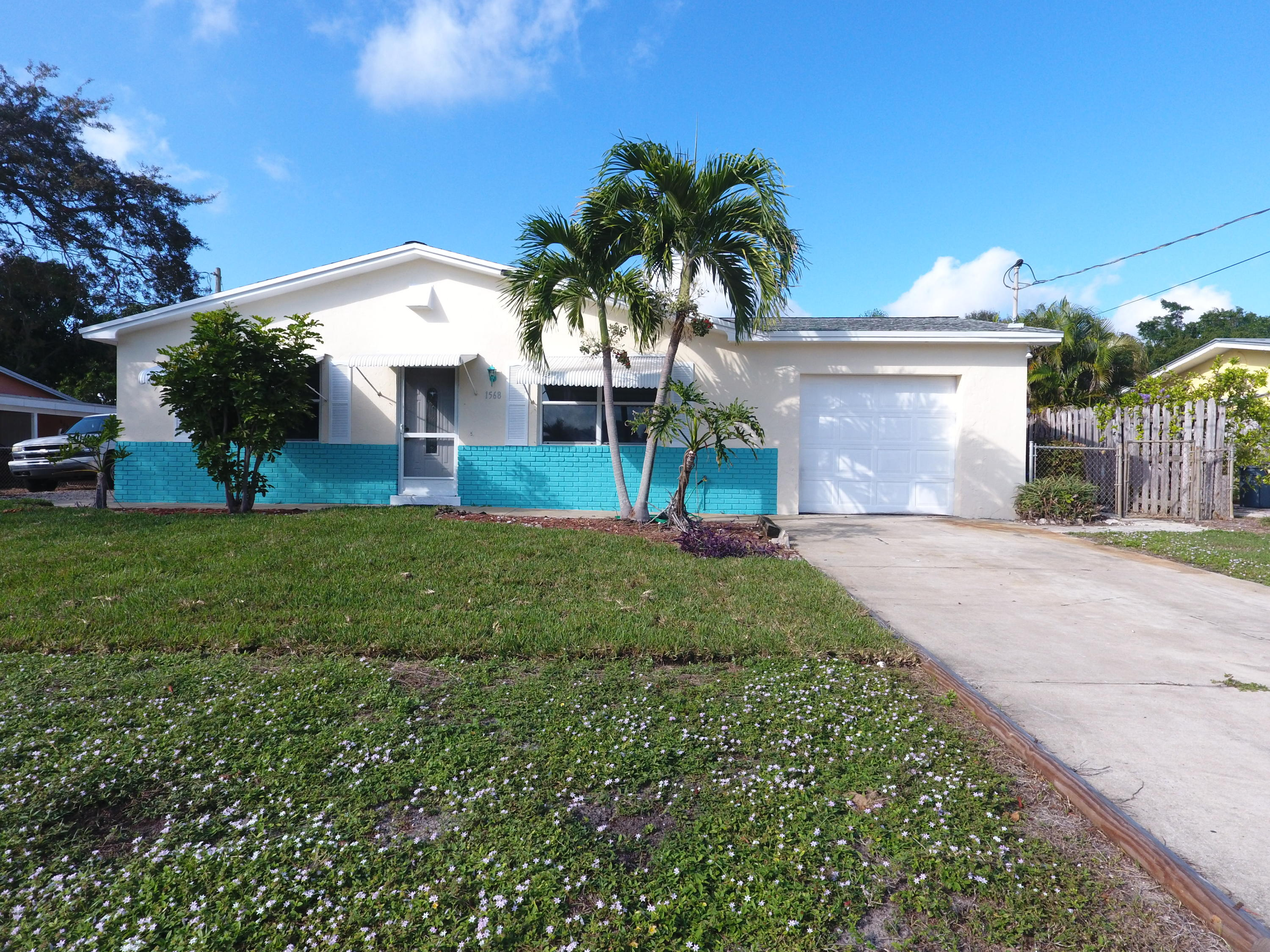 1568 NE Sottong Road Jensen Beach, FL 34957 photo 1