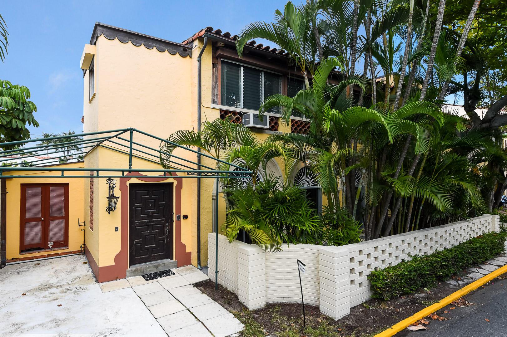 206 Phipps  Palm Beach FL 33480