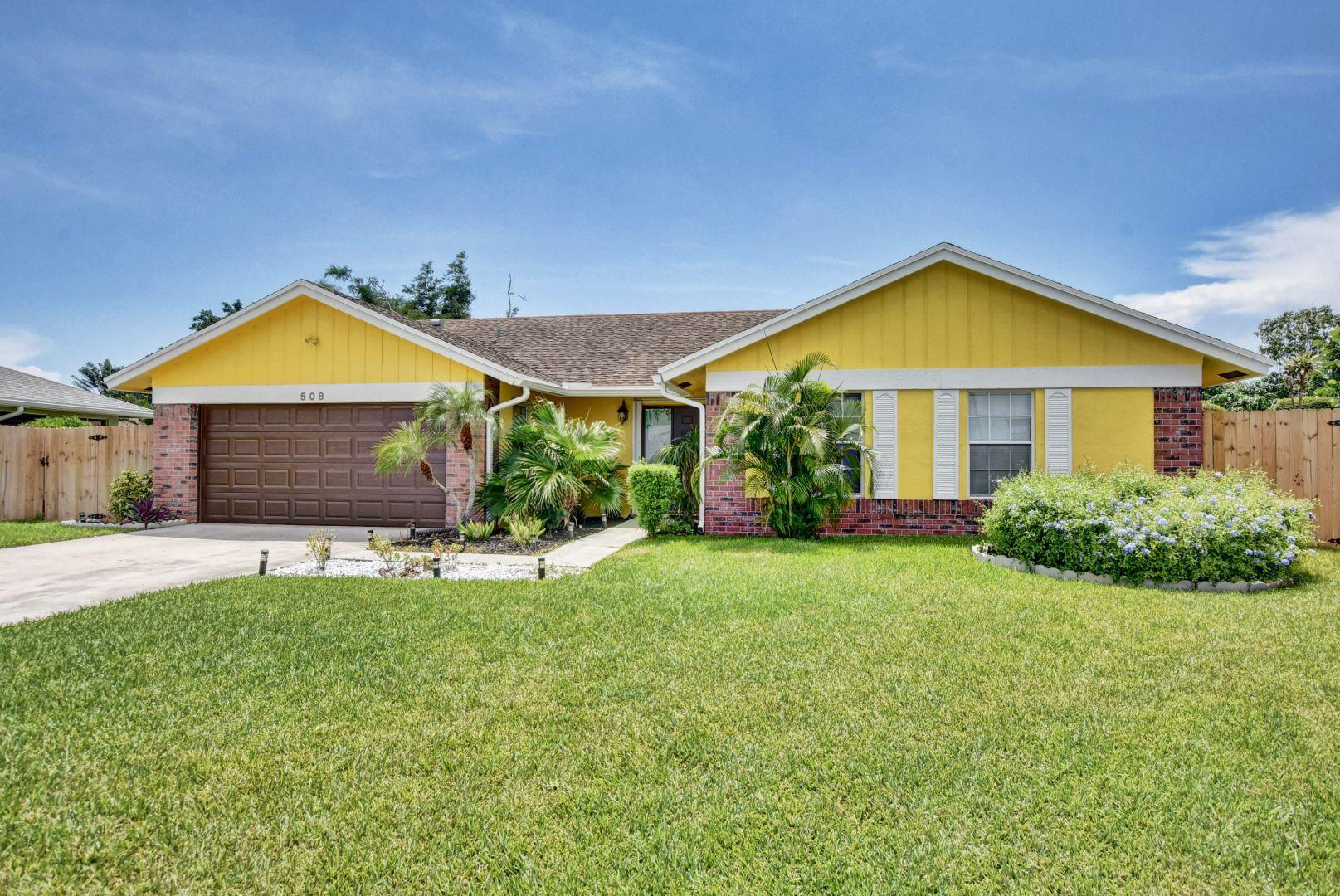 508 NW 10th Court Boynton Beach, FL 33426