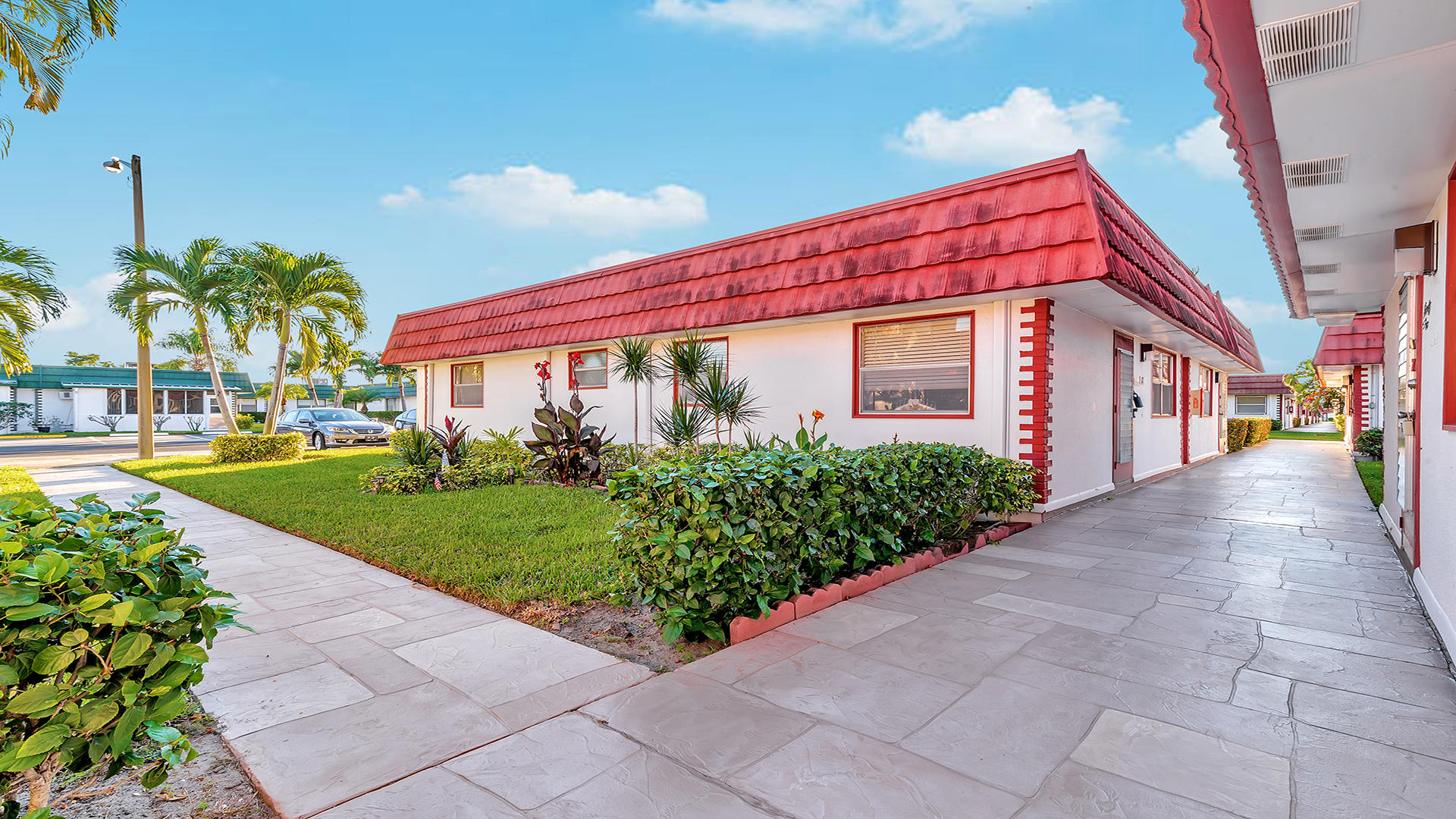 93 Waterford D Delray Beach, FL 33446 photo 2